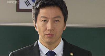 Kim Soo Ro กลับมารับบทคุณครูอีกครั้งใน Death Bell 2