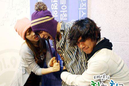 TaeYeon ไม่โอบกอด K Will อีกแล้ว!