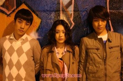 Nineteen (19) มิวสิควีดีโอตัวล่าจาก T.O.P และ Seungri