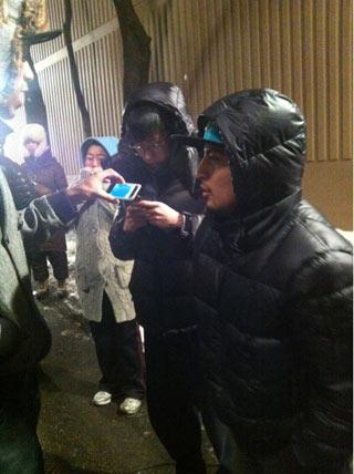 Jay Park ไปเยี่ยม Jang Hyuk ที่กองถ่ายละคร