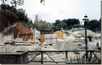 Fantasmic! Construction