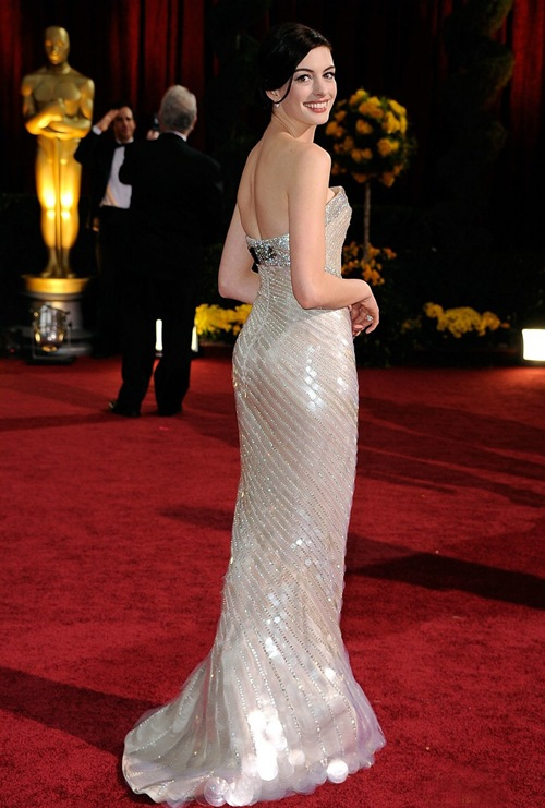 Hot_actress_anne_Hathaway_photo_4
