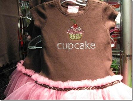 weihnachtsmarkt 2009 books pink 020