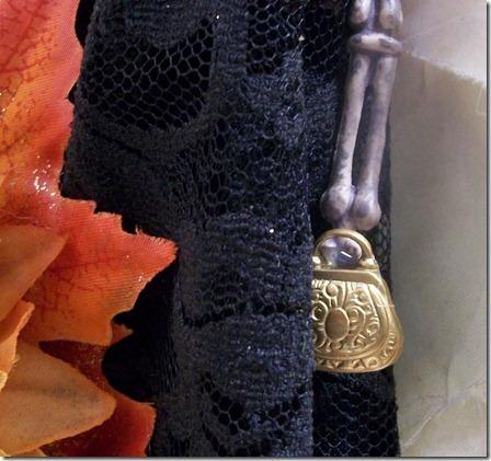 Catrina purse detail
