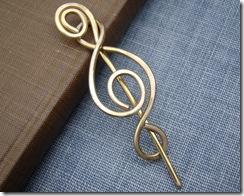 brassmadonapin3