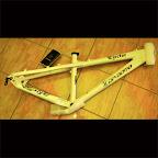 Bike Frame Da Bomb Ejector - White