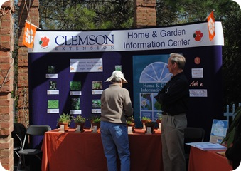 Clemson paw green thumb