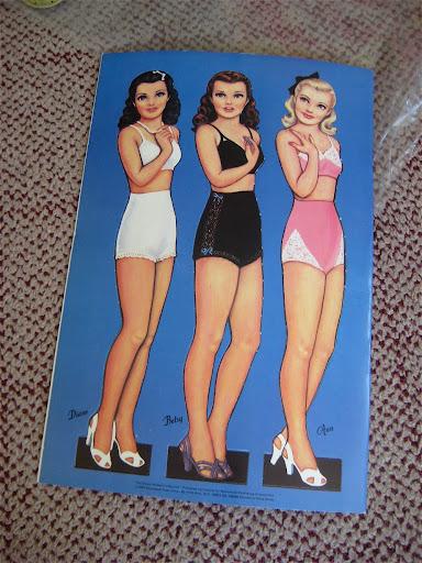 IMG 3653 Vintage Glamour Girl Paper Dolls GIVEAWAY