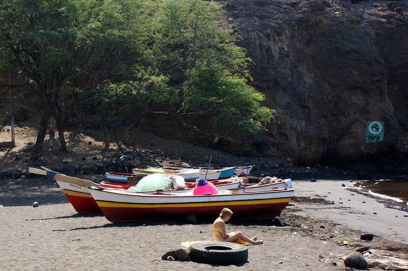 Barcos na praia da Cidade Velha