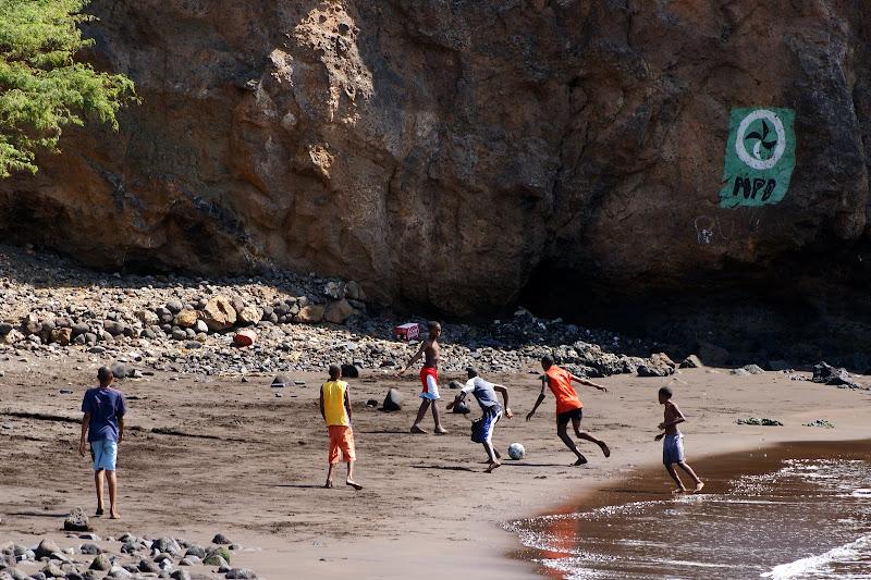 Futebol de praia na cidade velha