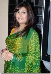 Karisma Kapoor Juhi Parmar Tanaz Currim (20)