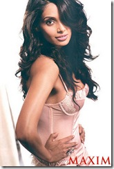 bipasha basu maxim september 2009 (4)
