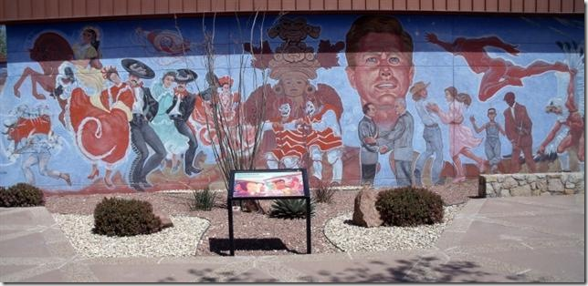Chamizal Nat-Mon-mural (Small)
