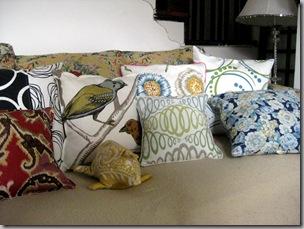 pillows 3-5 010