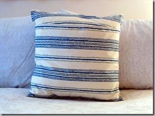 pillows 3-3 007