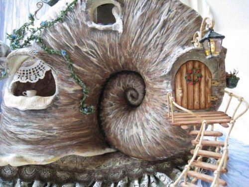 The Amazing Mini Snail House Pictures... (Miniature Art)