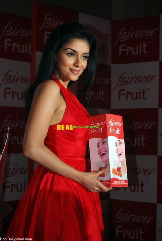 Asin at Fairever Fruit Creme Launch
