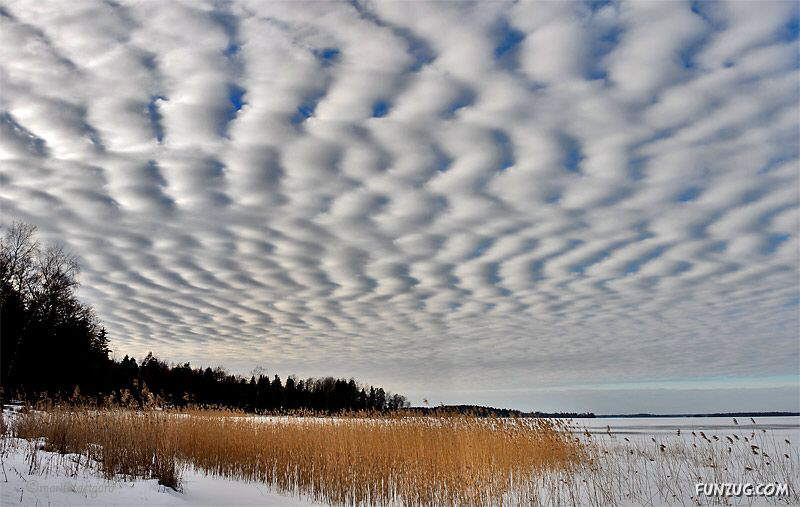 Nature's Magic: Beautiful Clouds