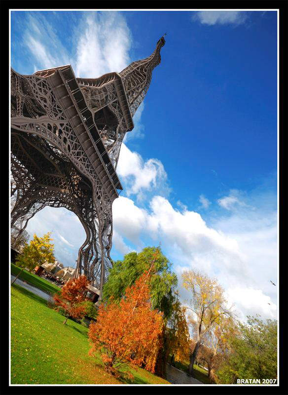 Beauty of Eiffel Tower, Paris