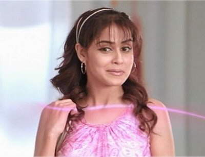 Genelia is looking soooo cute in this Ad Shoot