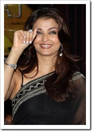 aish in black sari