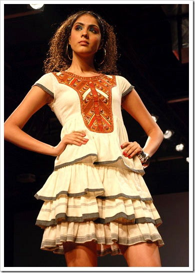 Ritu kumar's summer wear collection at LFW_3