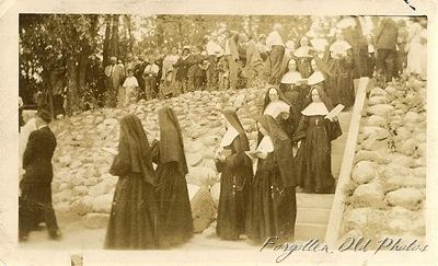 Nuns DL Antiques
