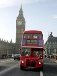 British-Bus-772811