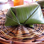 What's inside this banana leaf? Check it out at Pinutos Republik
