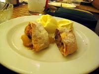Dessert: Apple Strudel at Picobello