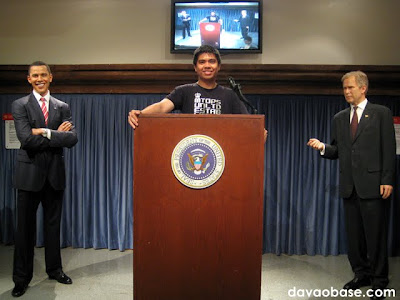 White House podium with Barack Obama and George W. Bush at Madame Tussauds in The Peak, Hong Kong