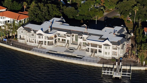 derek jeter mansion pics. on Derek Jeter#39;s Mansion.
