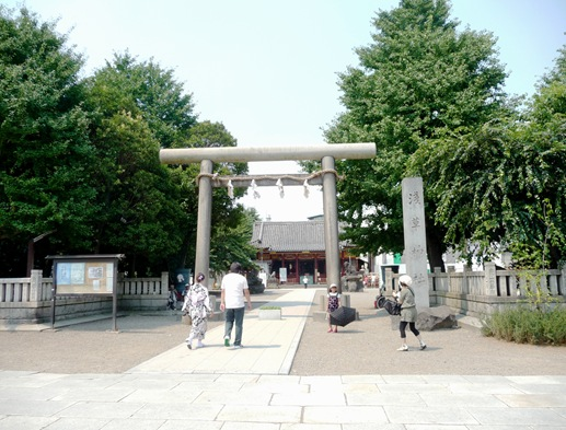asakusa shrine 2