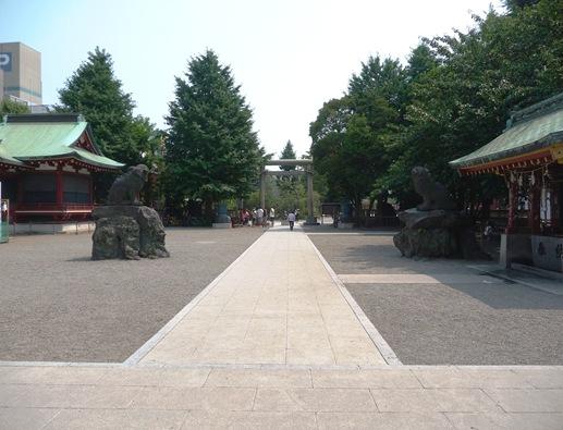 asakusa shrine - saída