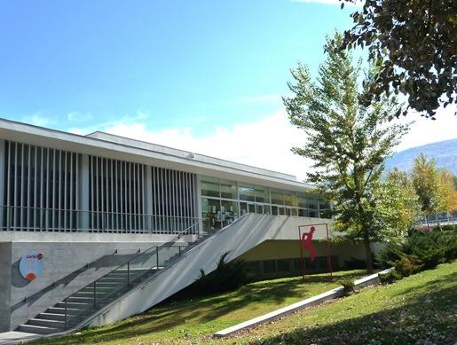 11. Fundão - biblioteca