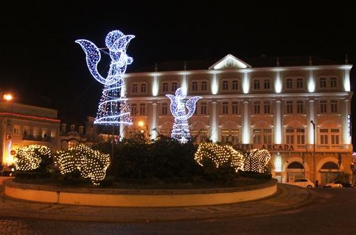 aveiro - Natal 2010 - rotunda - anjos 1