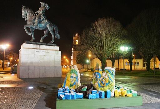 cantanhede - Natal -  Praça Marquês de Marialva - presépio executado em Pedra de Ançã, da autoria de Carla Ferreira