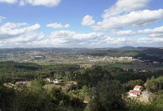 Ourem - Castelo - Jardim de Santa Teresa - vista da cidade
