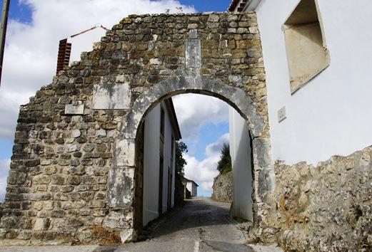 Ourém - Castelo - Portas de Santarém