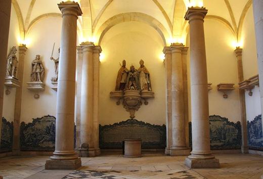 Mosteiro de Alcobaça - Sala dos Reis 1
