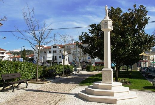 Porto de Mós - praça do rossio - homenagem ao centenário da república