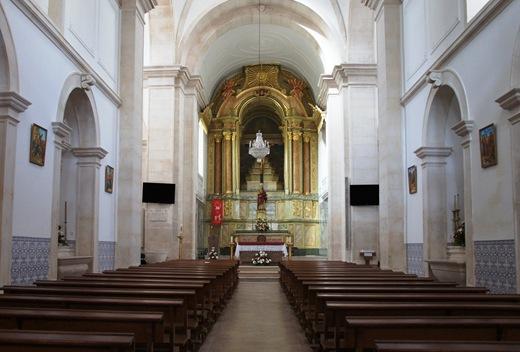 Porto de Mós - interior da igreja de s. pedro