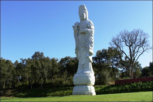 Buddha Eden - estatua de buddha