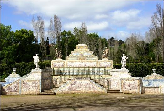 Palácio de Queluz - canal de azulejos