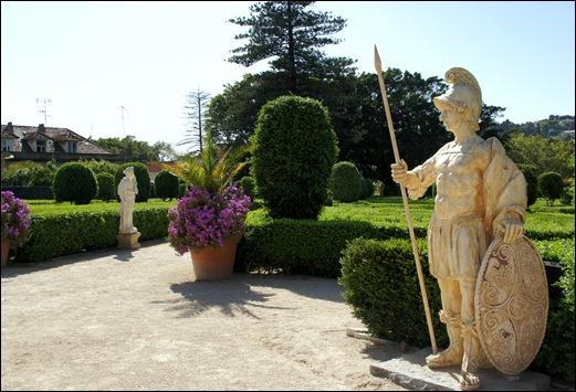 Quinta Real Caxias - jardim cascata - guarda romano