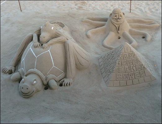 Praia de Mira - escultura na areia
