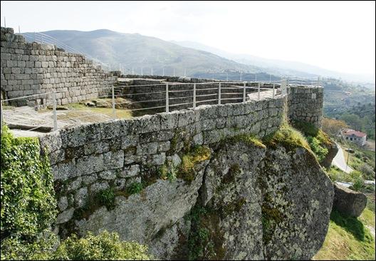 Linhares - castelo construido sobre pedra