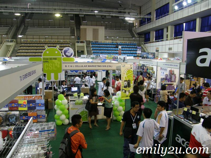 vendors at PC Show 2010
