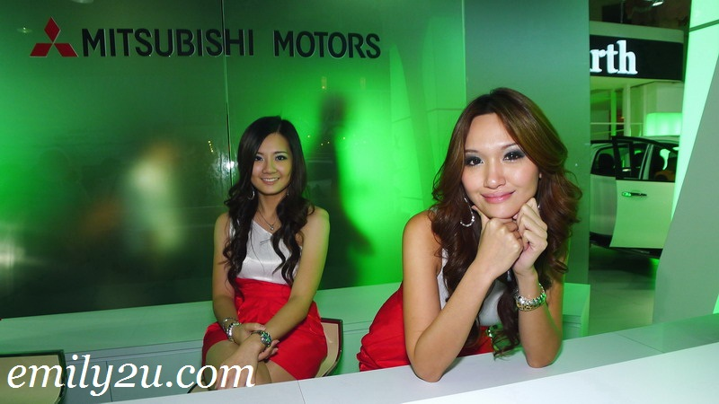 KLIMS motor show girls