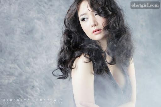 Im Ji Hye - Mini Dress